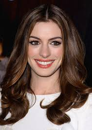 I m told I m not sexy  Anne Hathaway   Hollywood News on Gomolo com its amazing photo are   blogger
