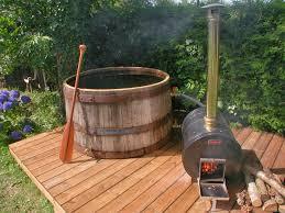 spa d exterieur bois habitation autonome fabriquer un bain nordique tub