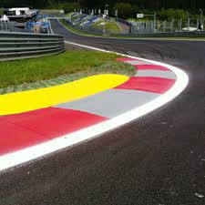 race track race track markings special markings liquid plural component