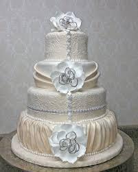 wedding cakes with bling fabulous wedding cakes wedding cake front royal va weddingwire