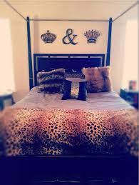 King and Queen Crown Wall Décor HomeStyleDiary