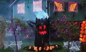 24 indoor u0026 outdoor tree halloween decorations ideas