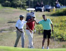 obama taking less vacation but too much for some the japan times