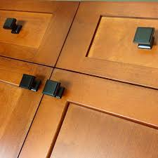 Kitchen Cabinets Knobs Or Handles by Cabinet Drawer And Cabinet Hardware Kitchen Cabinet Handles