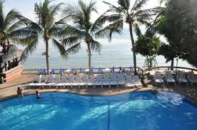 coral bungalows haad rin thailand booking com