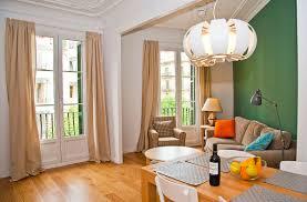 3 Bedrooms by Sagrada Familia 3 Bedrooms Ii Holiday Apartments In Barcelona