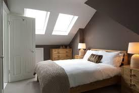 dachschrge gestalten schlafzimmer dachschräge mit dachfenstern schlafzimmer wandgestaltung dunkler