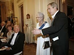 Queen Elizabeth Ii House Bush Toasts With Queen Elizabeth Ii