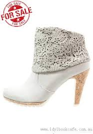 womens grey ankle boots australia s grey ankle boots boots missguided ankle boots 75 41