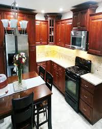 kitchen cabinets with backsplash kitchen cabinet what color paint with cherry cabinets backsplash