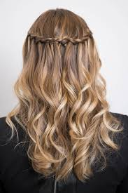 tutorial kepang rambut frozen 10 model kepang rambut buat lebaran cewekbanget id