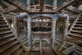 old abandoned buildings chilling photographs of abandoned grandeur lateet