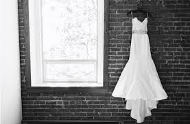 how to sell a wedding dress the best time to sell a used wedding dress preowned wedding dresses