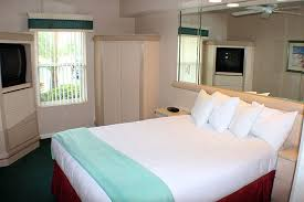 3 bedroom suites in orlando fl 3 bedroom resorts in orlando fl suites accommodate up to 12 guests