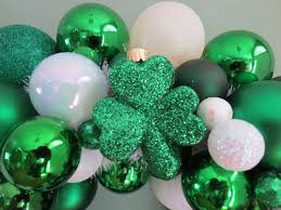 how to make creative st patricks day wreaths
