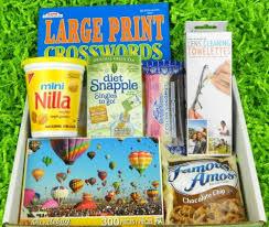 gifts for elderly grandparents best 25 gifts for elderly women ideas on christmas