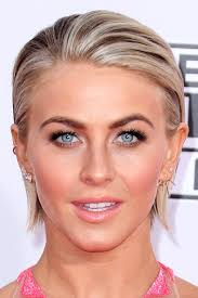 how does julienne hough style her hair julianne hough s hairstyles hair colors steal her style
