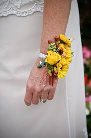 corsage and boutonniere cost the difference between a corsage boutonniere hunker