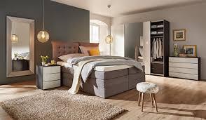schlafzimmer bett betten entdecken mömax