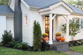 cottage house exterior our cottage exterior before after thewhitebuffalostylingco com