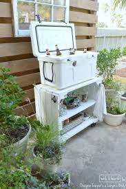 Outdoor Patio Cooler Cart by From Worn Out Bookcase To Outdoor Rolling Bar Cart Diys Bar And