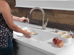 delta savile kitchen faucet 19949 sssd dst single handle pull kitchen faucet with soap