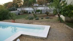 amenagement exterieur piscine création d u0027un jardin paysager gard d u0027une villa sur un terrain