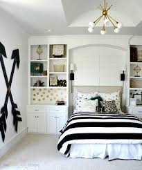 Black And White Furniture by Delightful Bedroom Color For A Teenage Black And White Also