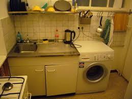 machine a laver dans la cuisine machine a laver dans cuisine with panier linge chargement