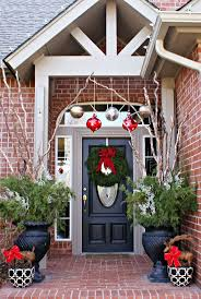 Simple Christmas Decorations For House 28 Best Christmas Door Decor Images On Pinterest Christmas Door
