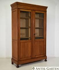 Wohnzimmerschrank Kirsche Gebraucht Antik Bücherschrank Eiche Massiv Jugendstil Um 1920 Vitrinen