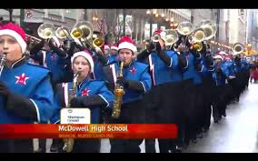 wgn thanksgiving day parade mcdowell high titan band 2015 mcdonalds thanksgiving parade youtube