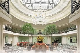 eiffel tower interior 10 restaurants near eiffel tower in paris