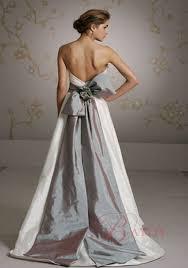 robe de mariã e grise et blanche robe de mariée pas cher robe de mariage pas cher tenue robe de