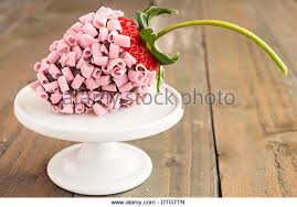 White Pink Chocolate Covered Strawberries Chocolate Covered Strawberries Stock Photos U0026 Chocolate Covered