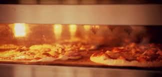 cuisiner au gaz ou à l électricité quel four à pizza choisir entre le four à gaz électrique