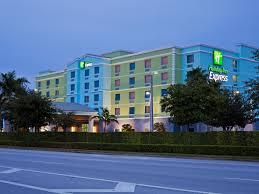 Hertz Car Rental Fort Lauderdale Cruise Port Fort Lauderdale Hotel Holiday Inn Express U0026 Suites
