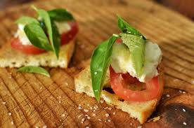 Mediterranean Style Food - a healthy mediterranean style diet costs less than a junky