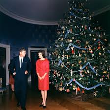 themes jacqueline kennedy refines the season photo 2