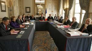 si e du conseil constitutionnel que faudrait il pour que le conseil constitutionnel se transforme en