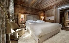 linge de lit style chalet montagne luxury ski chalet chalet gentianes courchevel 1850 france