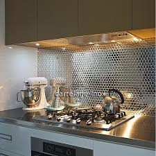 cr ence miroir cuisine mosaique autocollante pour cuisine maison design bahbe com