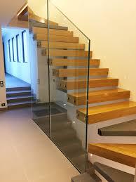 garde corps bois escalier interieur escalier konsol kon006 kozac
