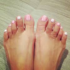 pretty u0026 cute toe nail design pedi pinterest toe nail