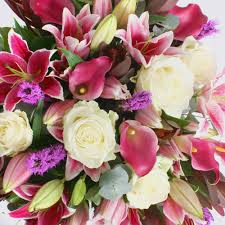 luxury flowers your flowers a guide to luxury flowers pollennation