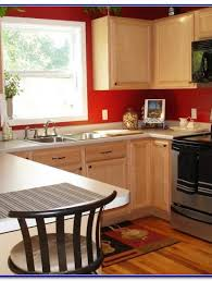 what color to paint a small kitchen with white cabinets what color to paint small kitchen