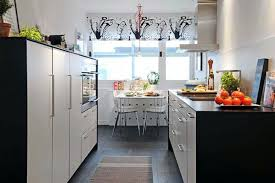 simple kitchen designs for small spaces