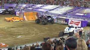 monster truck jam jacksonville fl sunuva digger monster jam 2016 jax fl youtube