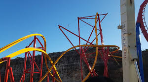 Parking At Six Flags Fiesta Texas 2018 Neuheit Wonder Woman Raptor Track Coaster Rmc Six Flags