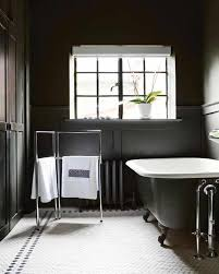 Black And White Bathroom Decor Ideas 20 Dramatic Bathrooms With Black Bathtub Rilane